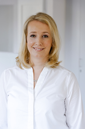 ALEXANDRA ERKER